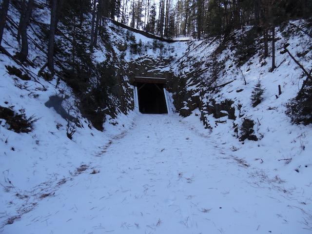 Tunnel B 1