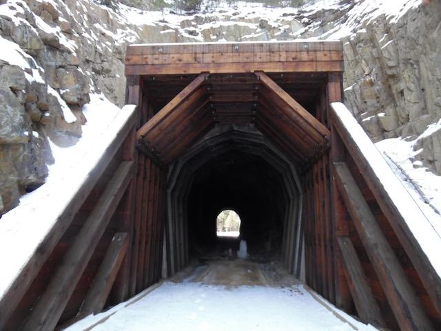 Tunnel B 2